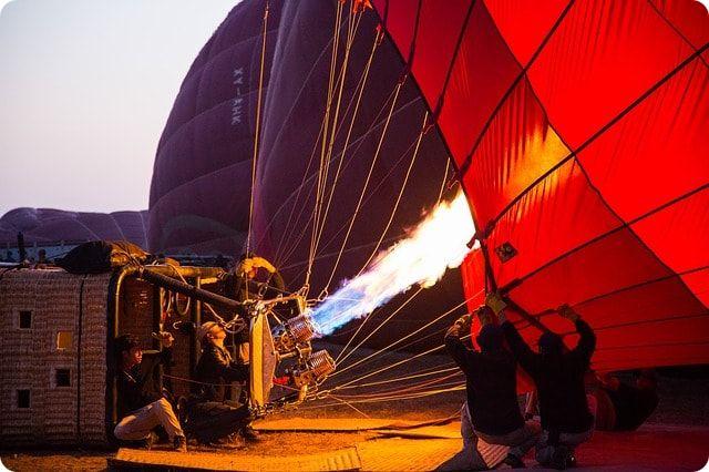 Vorbereitung zum Ballonfahren über Schwerin