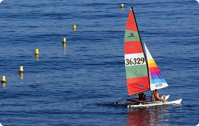 Katamaran segeln vor der Insel Poel auf der Ostsee