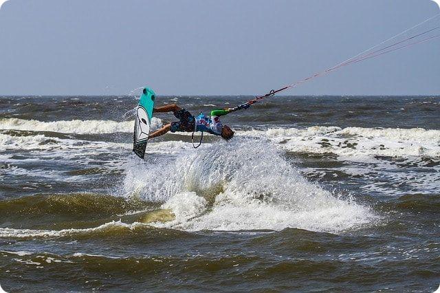 Kitesurfen in der Kieler Förde