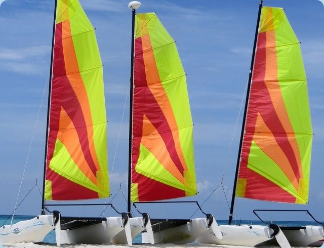 Hobie Cat Wave