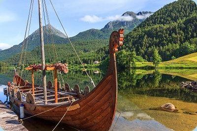 Langschiff Segelschiff Wikinger