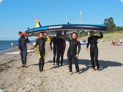 Riesen-Stand-up-Paddling-Teambuilding