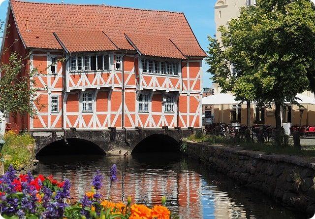 Die Schoenste von allen Sehenswurdigkeiten in Wismar ist das alte Gewoelbe und Weltkulturerbe der Unesco.